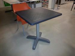 GEBRUIKT - Vierkante conferentietafel Dodo 70x70 cm